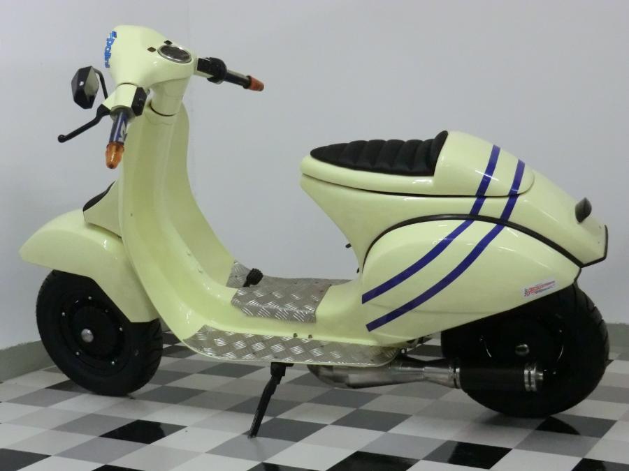Piaggio Cc Scooter